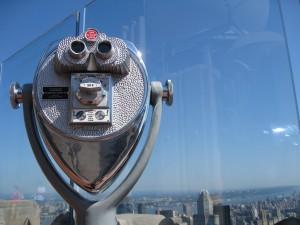 binoculars_skyline