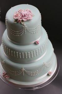 Advice for lowering your risk of divorce that is a piece of cake. Wedding cake. See what I did there?
